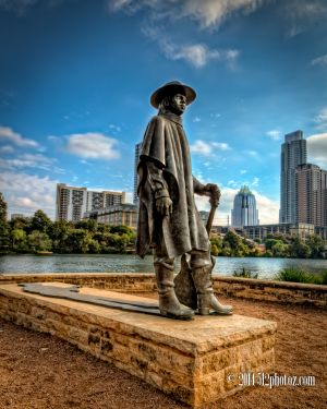 stevie-ray-vaughn-statue.jpg